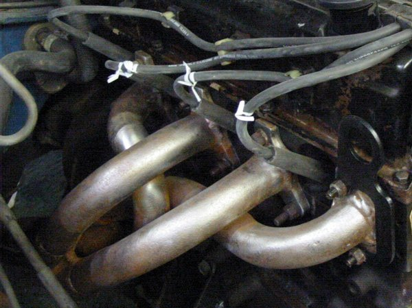 Pinto 4-into-1 exhaust manifold fitted to Capri
