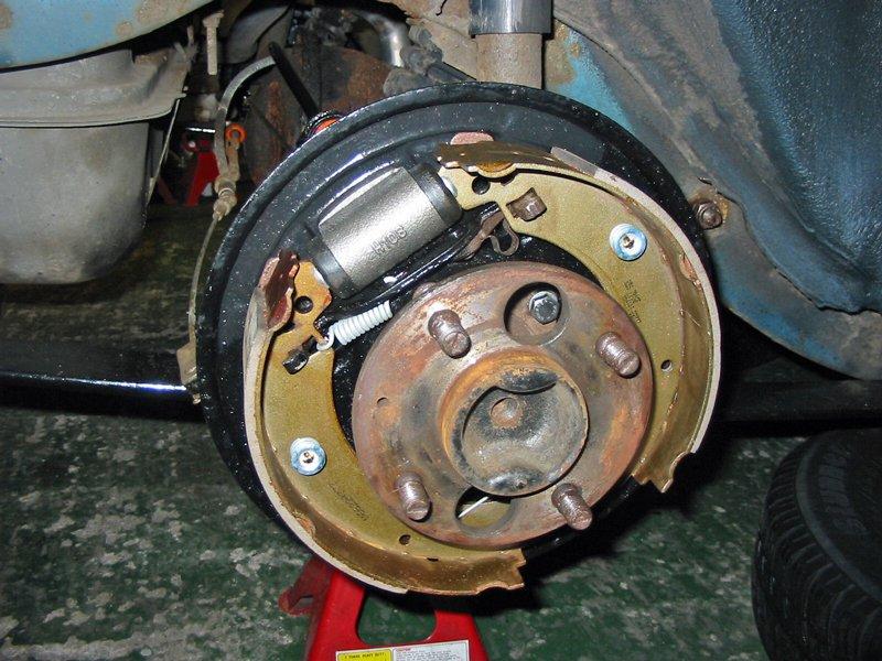 "Capri half shaft refitted in rear axle with new 9"" nine inch drum brake setup"